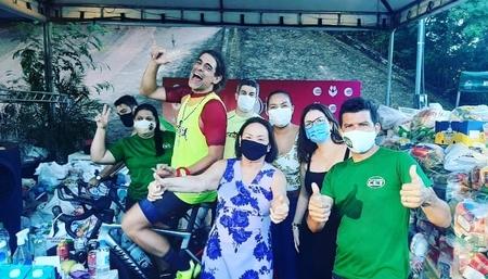 A equipe da Faculdade CET colabora com a ação da TV Clube